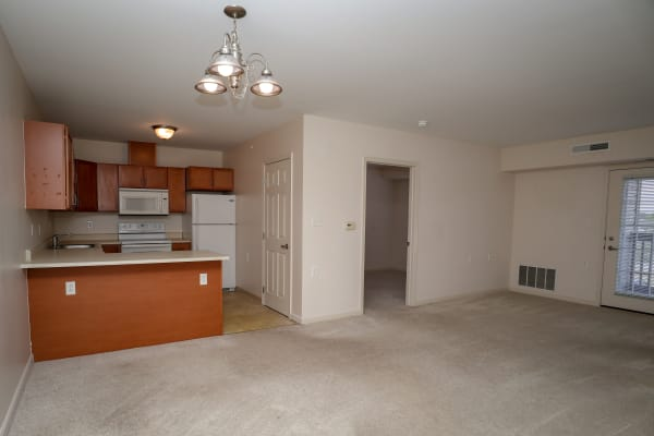 Dining area at Turtle Creek Apartments