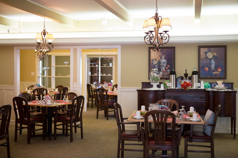 The community dining room at Gables of Ojai in Ojai, California