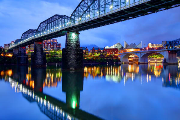 Beautiful views of Chattanooga in Tennessee near Riverside North