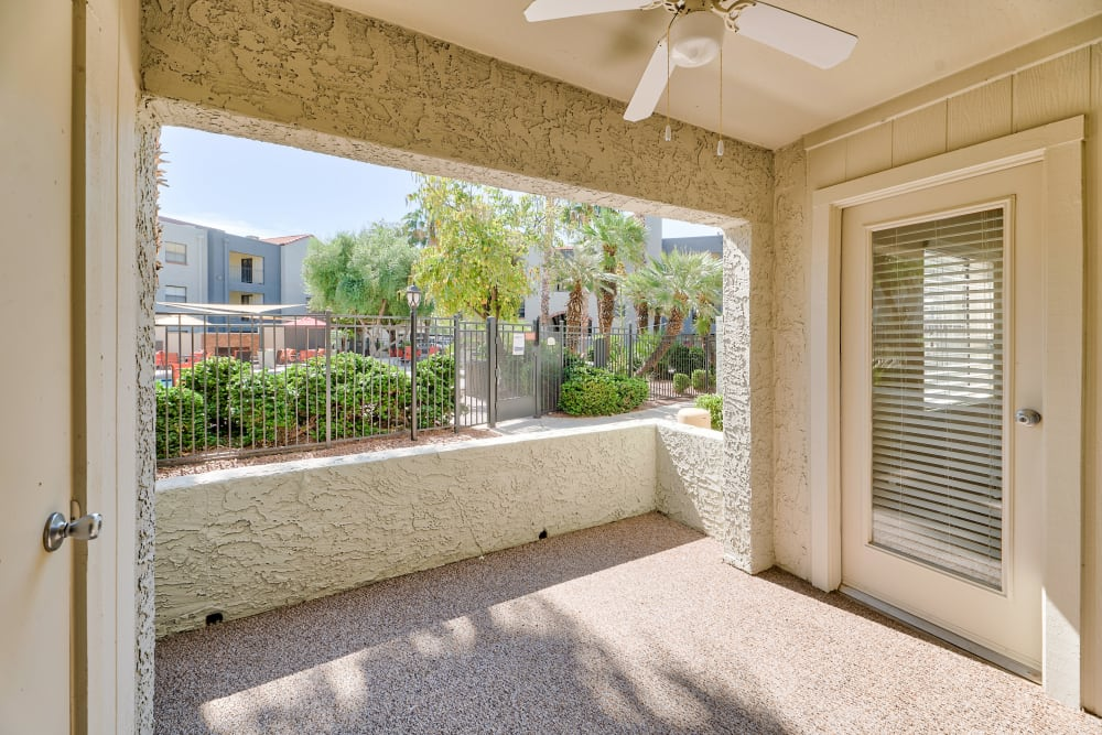 Apartments with a Private Patio in Phoenix, Arizona