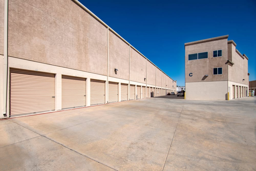 Easy to access storage units at Jamacha Point Self Storage in Spring Valley, CA