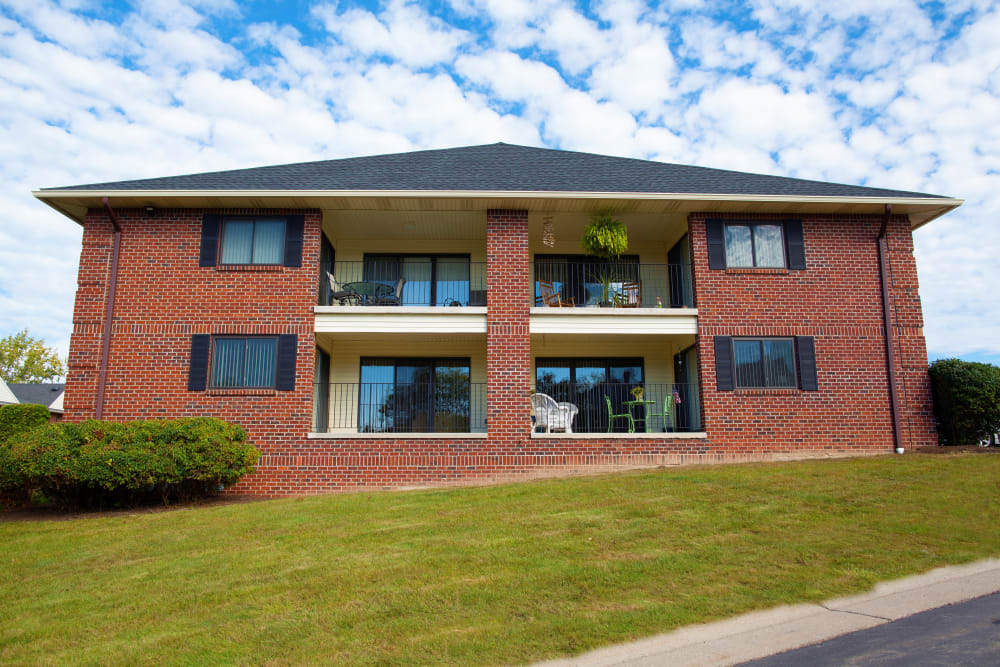 Exterior view at Carriage Hill Apartments in Pittsford, NY