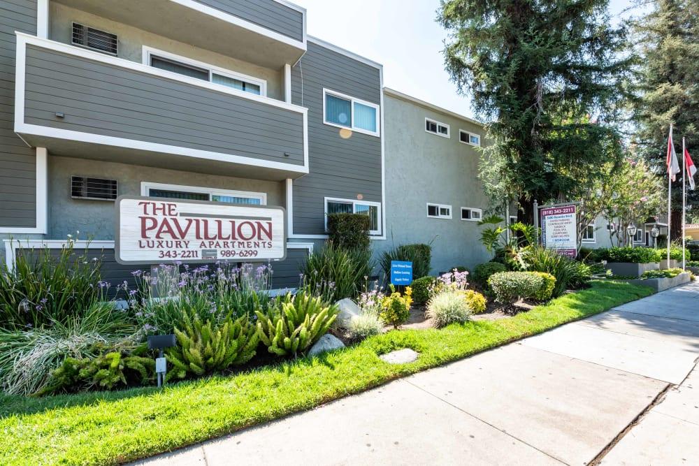 Entrance at The Pavillion in Tarzana, CA