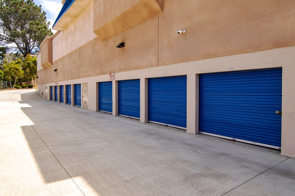 Smart Self Storage of Solana Beach offers a variety of exterior units