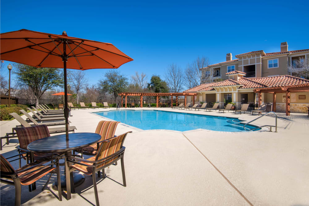 Swimming Pool at Estancia at Ridgeview Ranch in Plano, Texas
