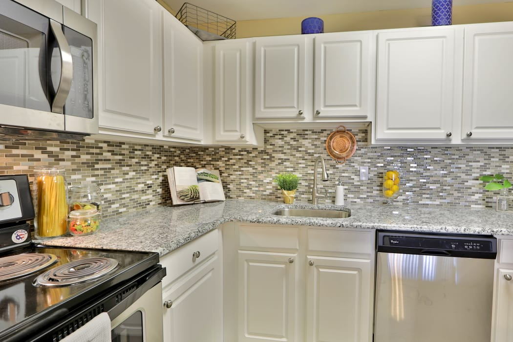 Silver Spring Station Apartment Homes offers a kitchen in Baltimore, MD