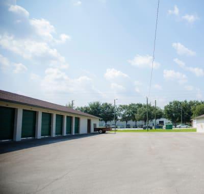 Self storage units for rent at Neighborhood Storage in Ocala, FL