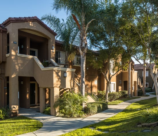 Niguel Summit a sister community to Alicante Apartment Homes in Aliso Viejo, California