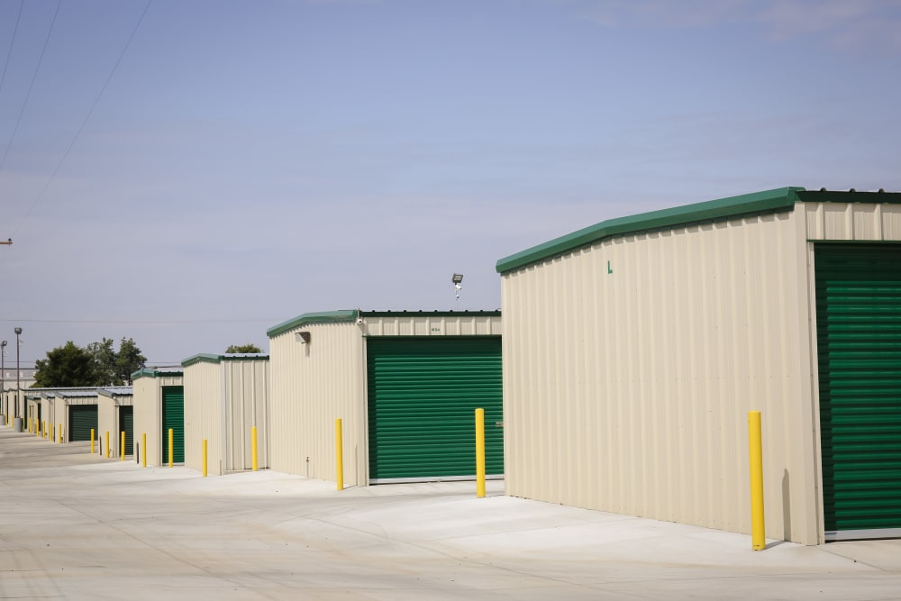 Rows of outdoor units at Stor It Self Storage in Porterville, California