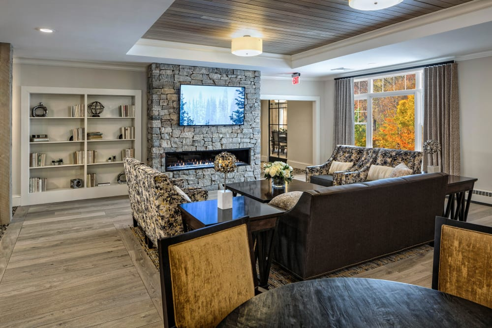 Elegant living room at Maplewood Senior Living in Westport, Connecticut