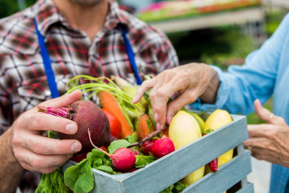 Enjoy Shops & Grocers at Parkview Commons Apartments