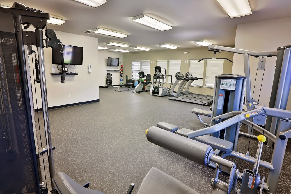 Stay healthy in the Orchard Ridge fitness center in Salem, Oregon
