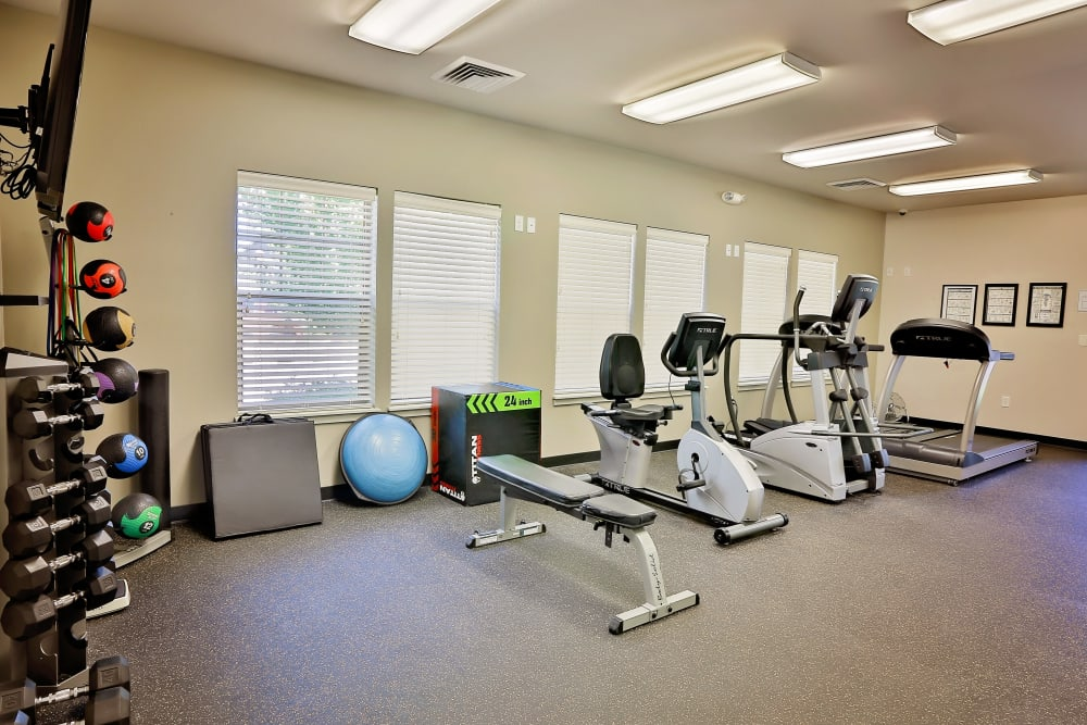 Orchard Ridge showcases a well-equipped fitness center in Salem, Oregon
