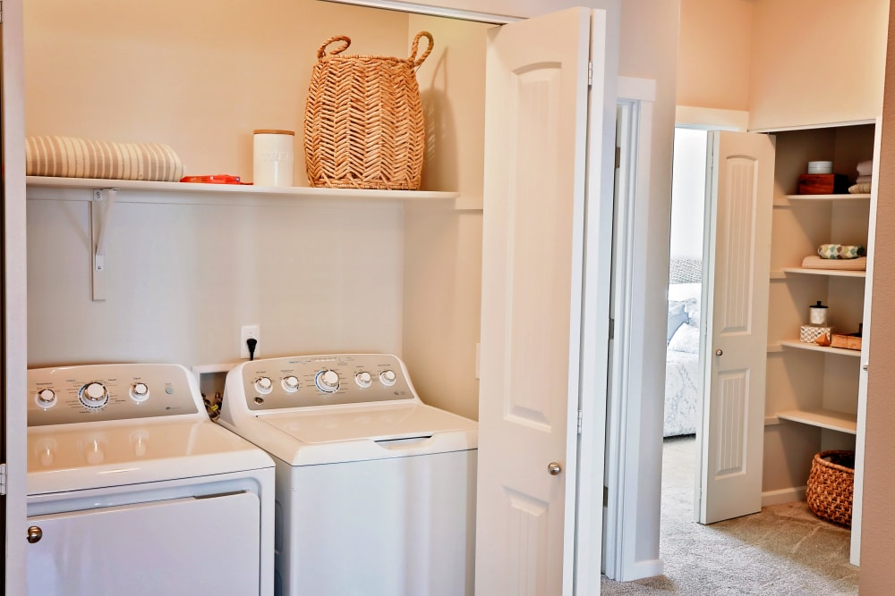 The Boulevard in Philomath, Oregon offers Apartments with a Washer/Dryer