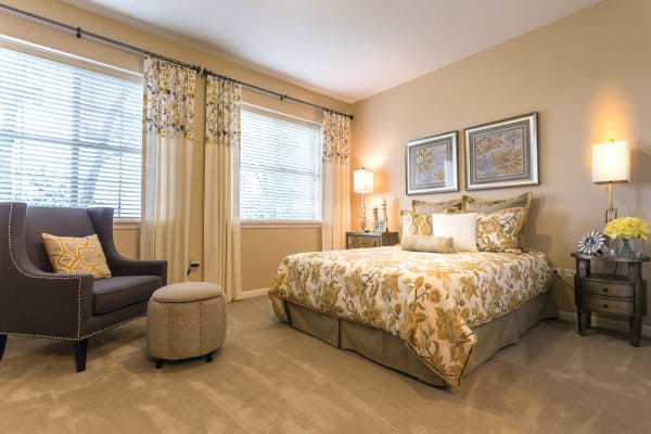Monthly rental program at senior living community in Lombard, IL
