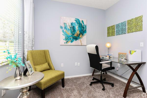 Shadow Ridge offers award winning apartments