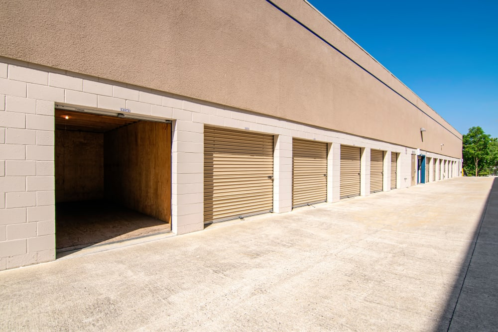 Sorrento Valley Self Storage has large drive up units