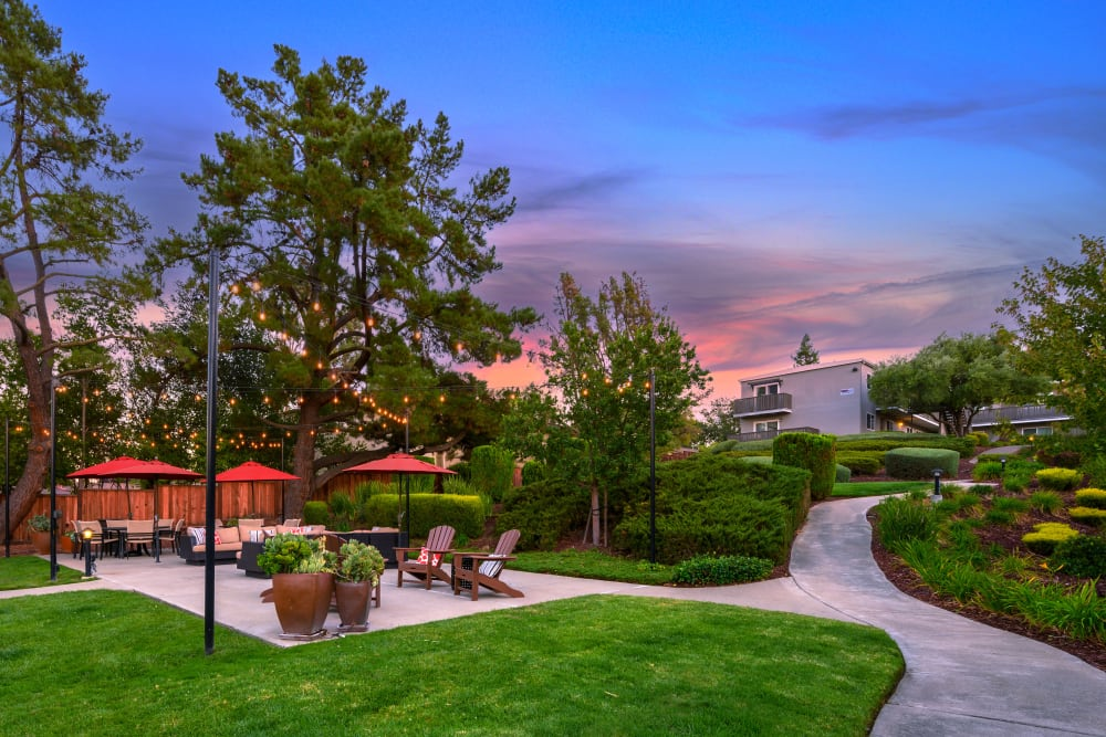 Outdoor lounge area during a beautiful sunset at Pleasanton Heights in Pleasanton, California