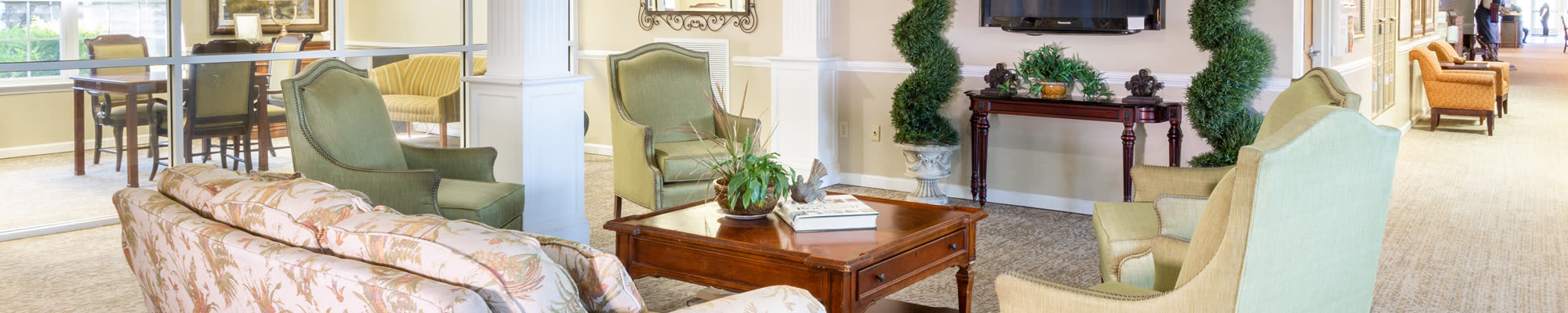 Contact Us at The Harmony Collection at Roanoke - Independent Living in Roanoke, Virginia