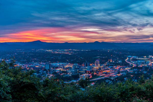 Skyline view of Roanoke in Virginia