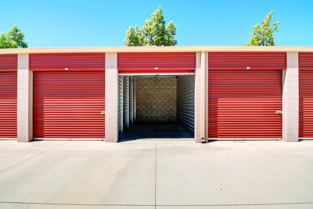 Exterior units at Butterfield Ranch Self Storage