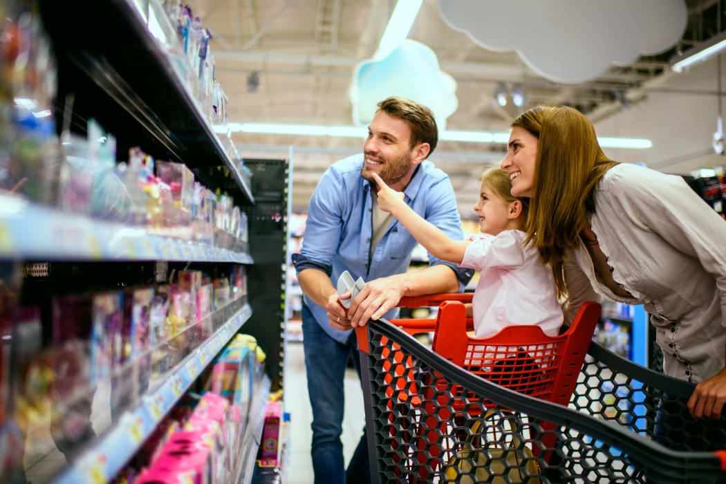 Family going grocery shopping near Chadwick Village Apartments home in Lindenwold, New Jersey