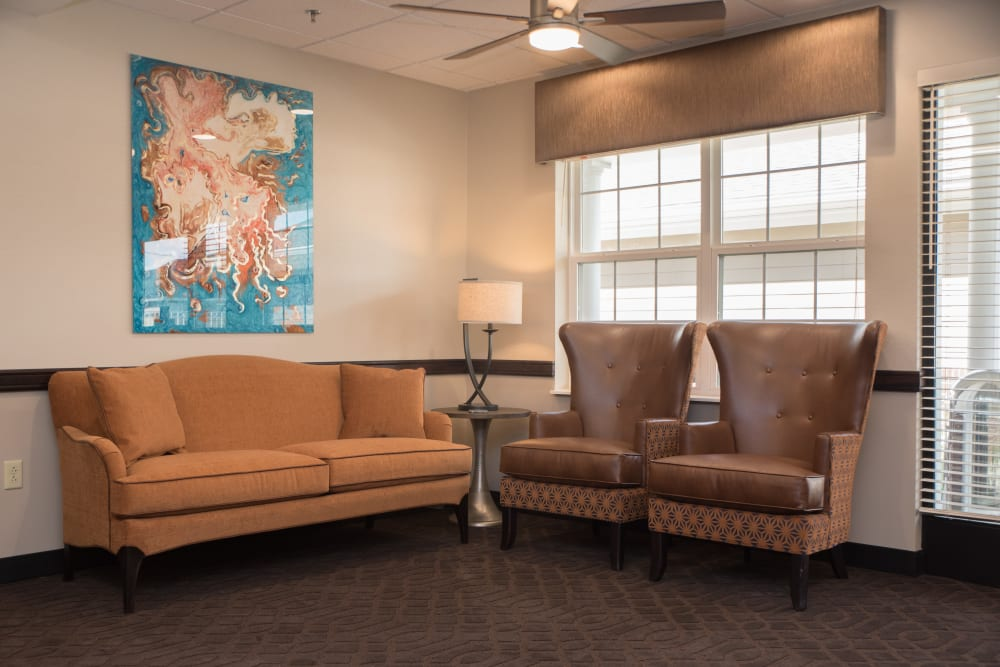 Lounge area at Sanders Ridge Health Campus
