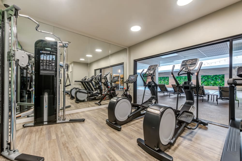 Modern onsite fitness center at Vue Los Feliz in Los Angeles, California