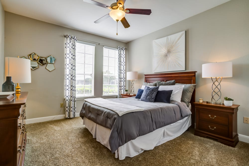 Bedroom at Signature Point Apartments in League City, Texas