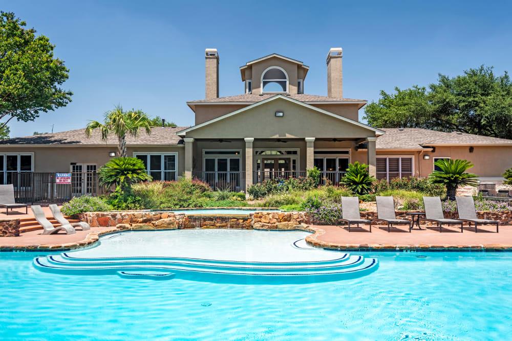 Beautiful Swimming Pool at Salado Springs Apartments in San Antonio, Texas