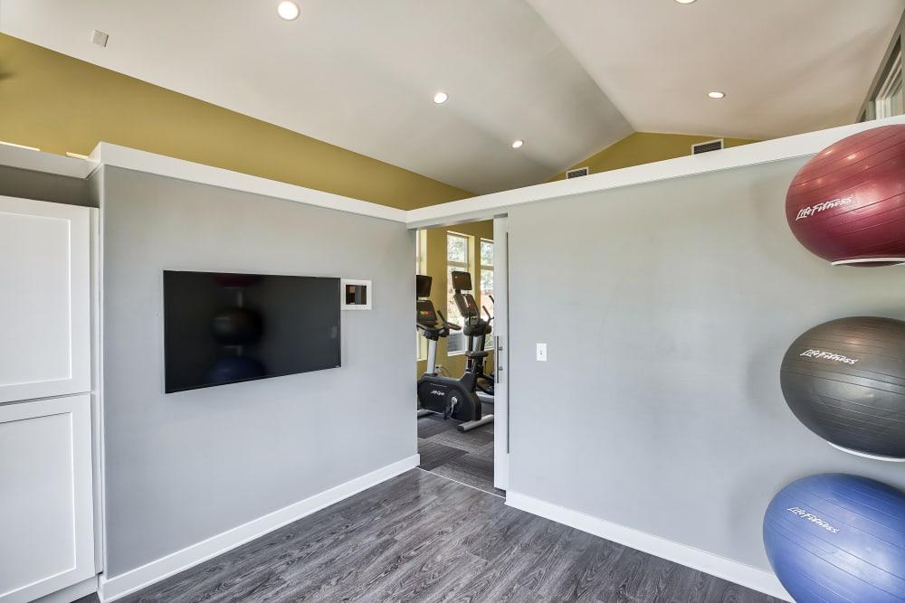 Littleton, Colorado apartments with a gym   Vistas at Stony Creek Apartments