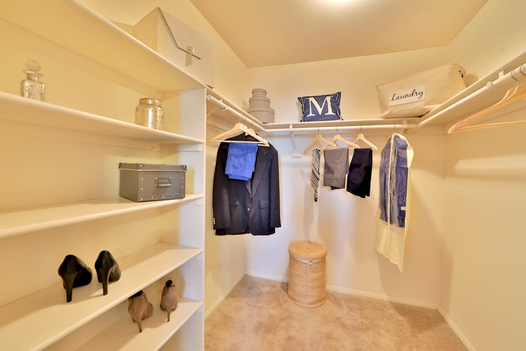 Silver Spring Station Apartment Homes offers walk-in closets in Baltimore, MD