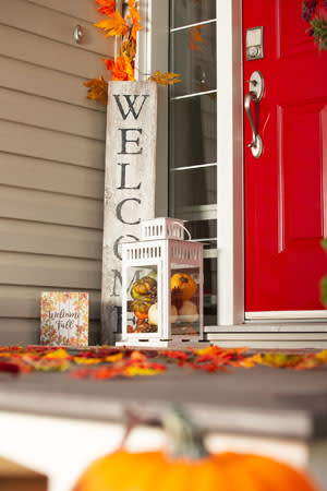 Fall Decorating Ideas For Your Metro Detroit Apartment