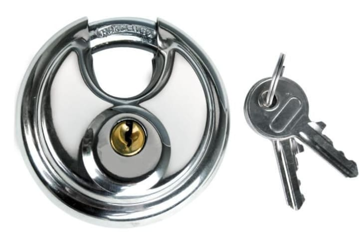 disc lock to secure storage unit