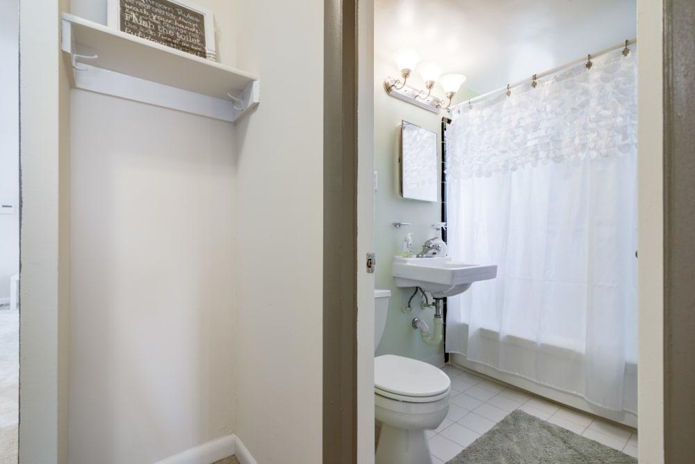 Bathroom at Meadowbrook Run