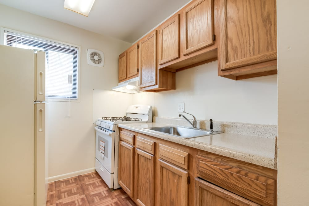Kitchen1 at Parkway Gardens Apartments