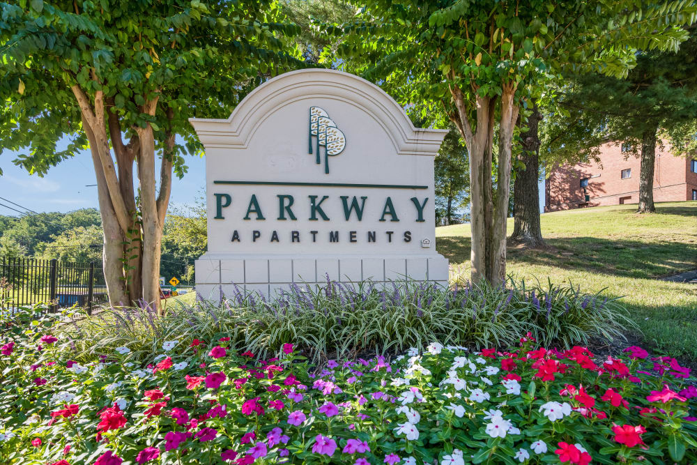Monument Sign at Parkway Gardens Apartments