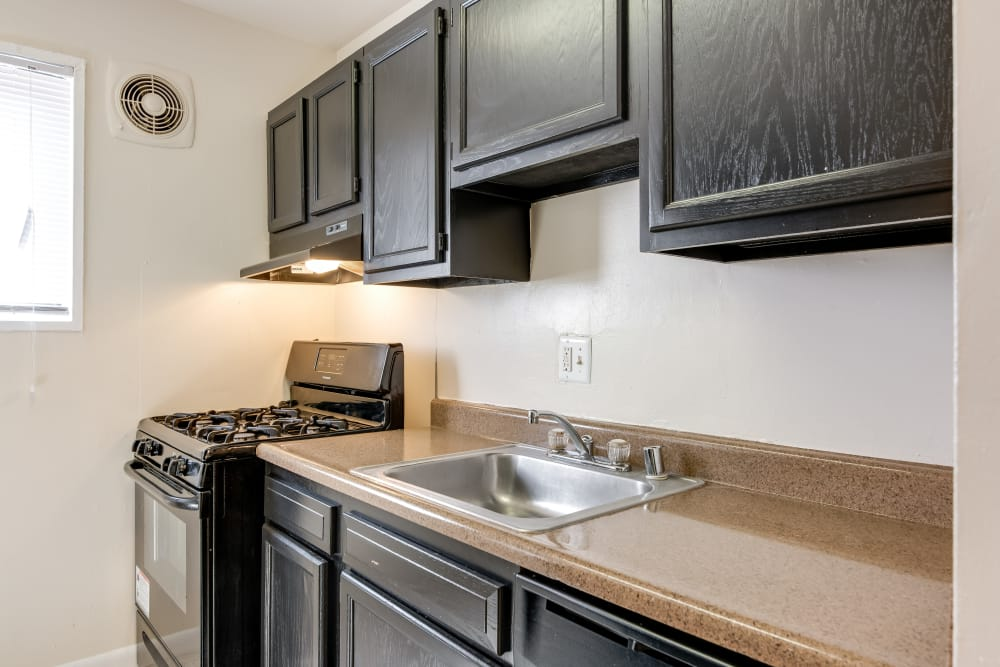 Kitchen2 at Parkway Gardens Apartments