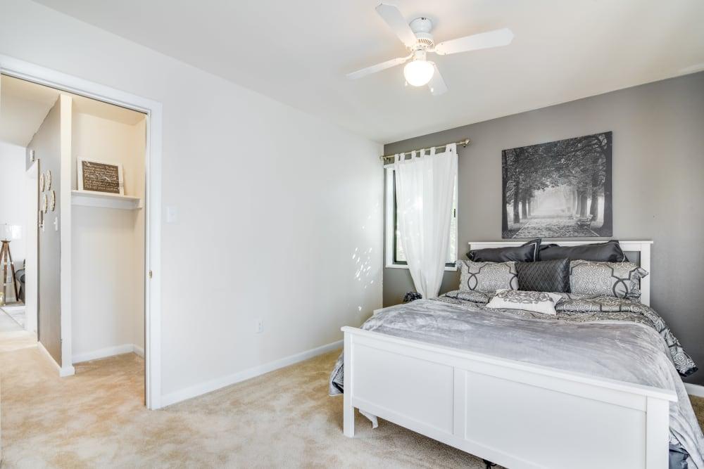 Bedroom at Meadowbrook Run