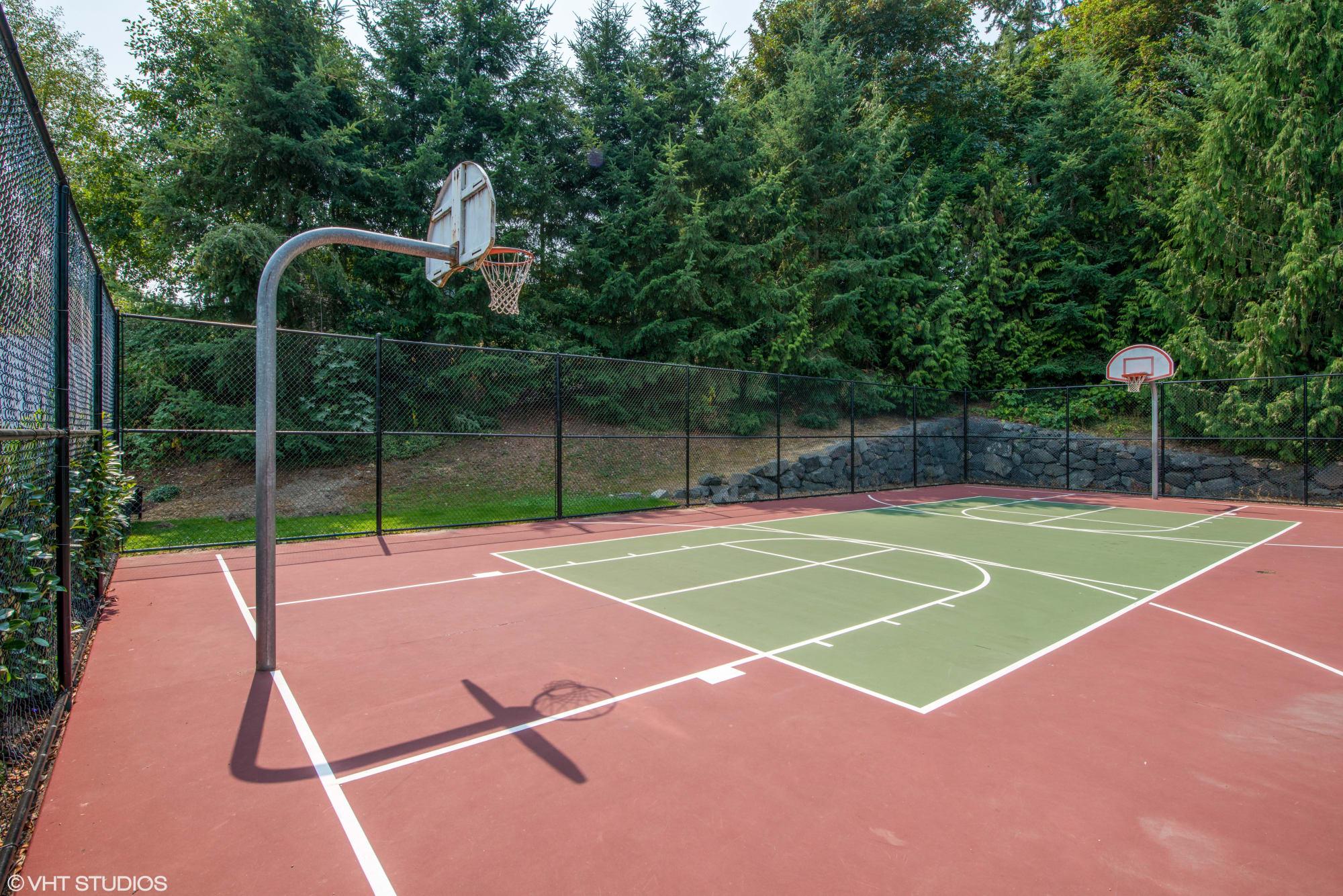 A basketball court at Brookside Village in Auburn, Washington