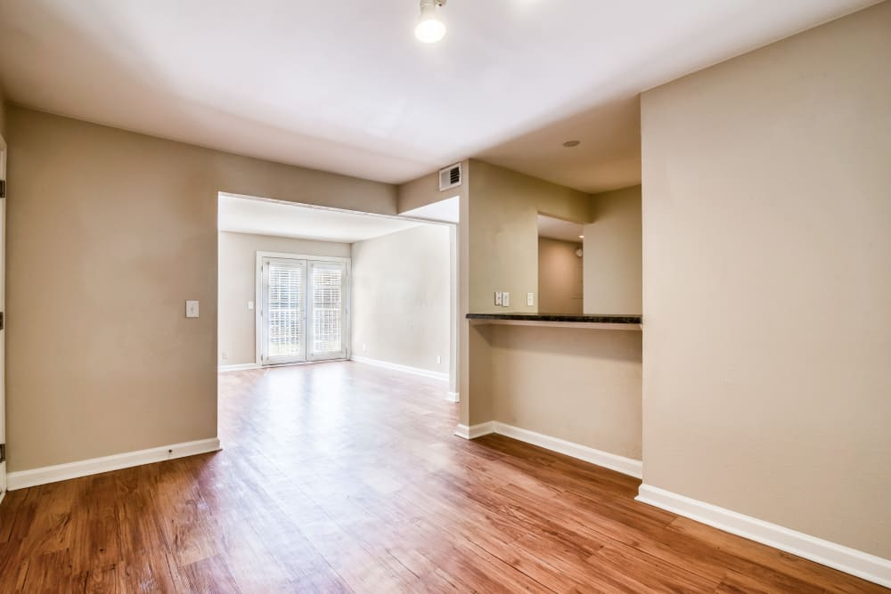 Lovely wood-style flooring at 865 Bellevue Apartments in Nashville, Tennessee
