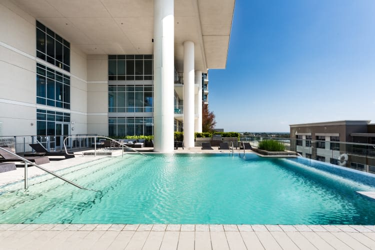 Shallow pool on the roof at The Heights at Park Lane in Dallas, Texas