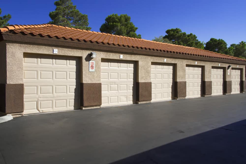 Spacious garages at Mariner at South Shores in Las Vegas, Nevada