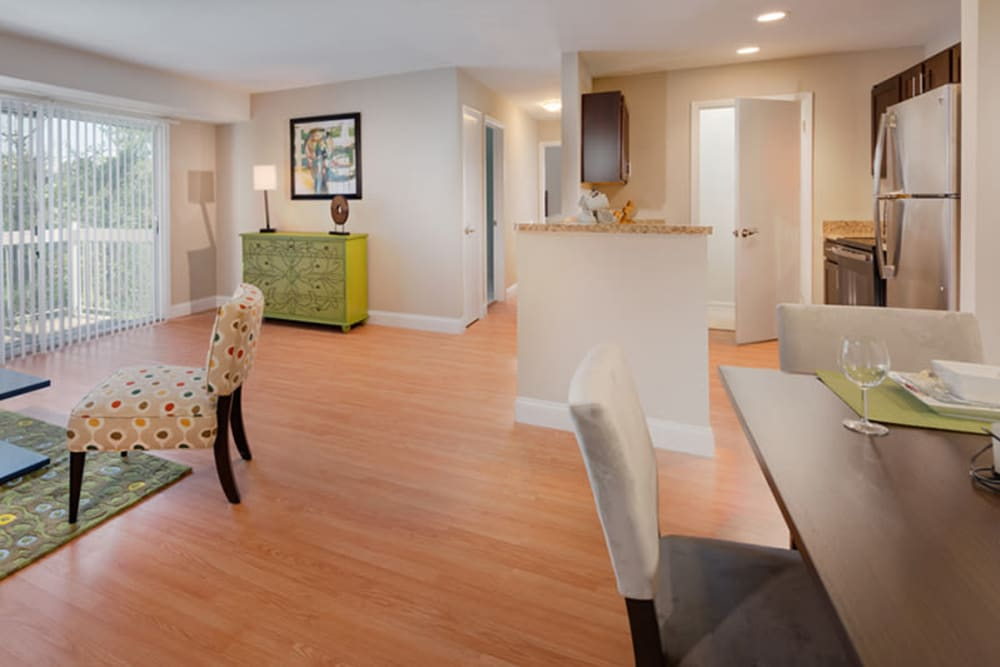 A large open living room at The Landings I & II Apartments in Alexandria, Virginia