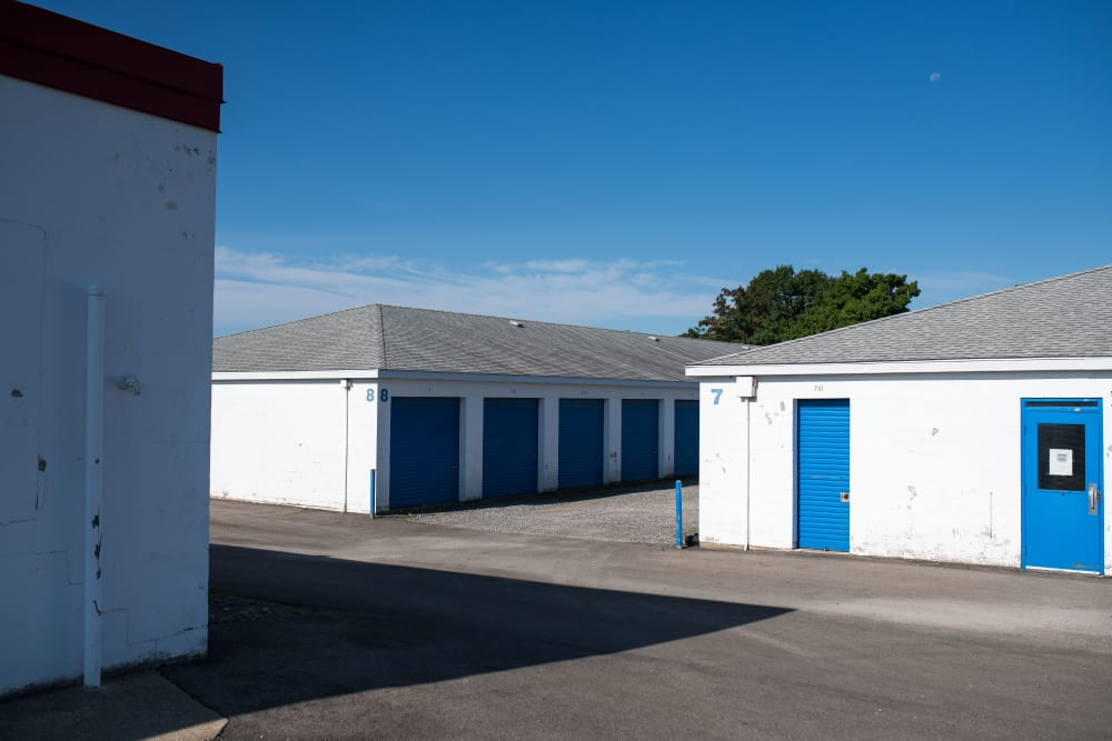 Storage units at Apple Self Storage - Niagara Falls - Kent in Niagara Falls, Ontario