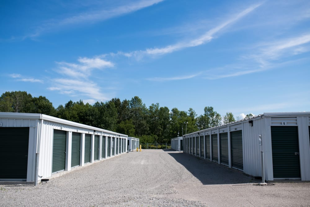 Storage units at Apple Self Storage - Midland