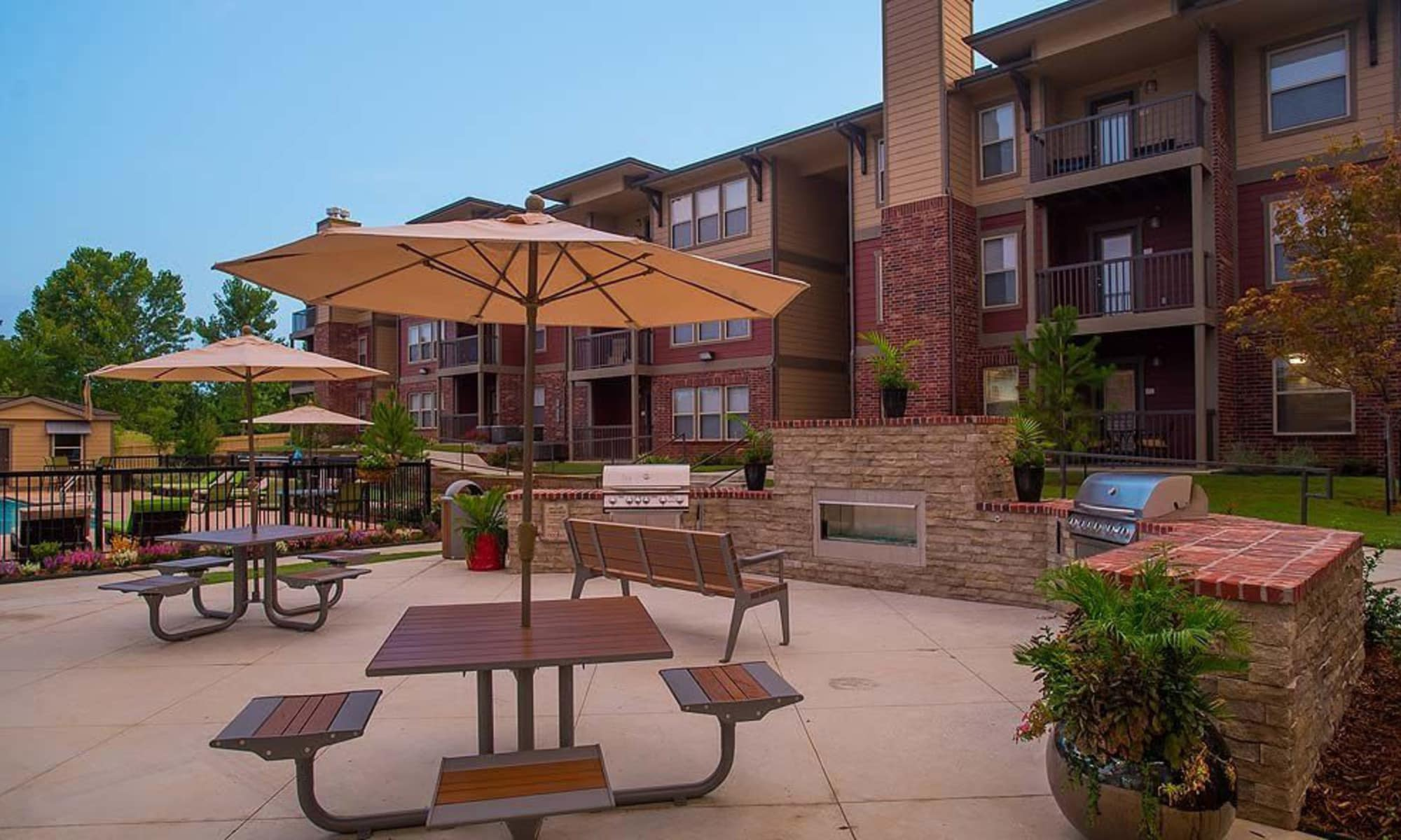 Outdoor sitting and grilling area Icon at Broken Arrow apartments in Broken Arrow, Oklahoma