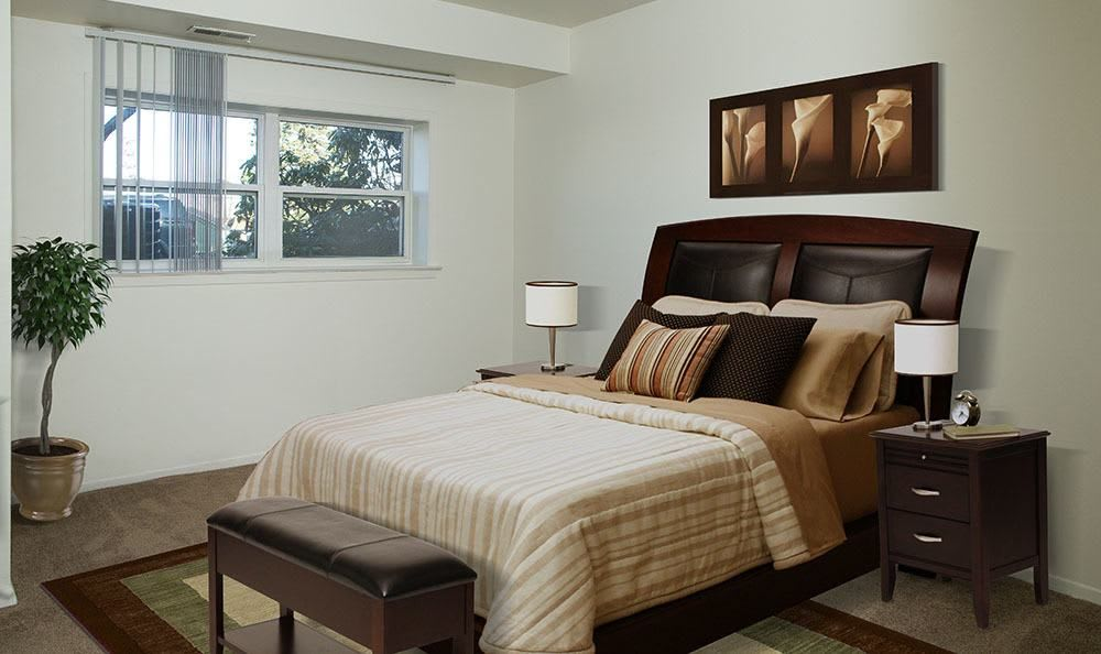 Bedroom at Hillcrest Village in Niskayuna, New York