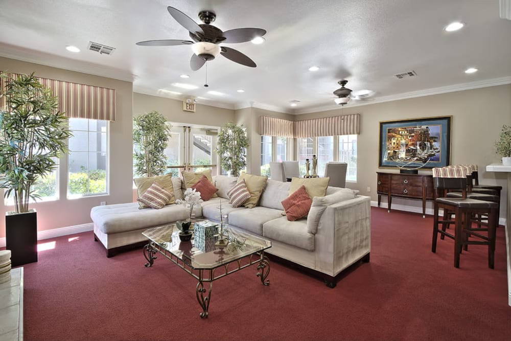 Mariner at South Shores | Apartments in Las Vegas, Nevada