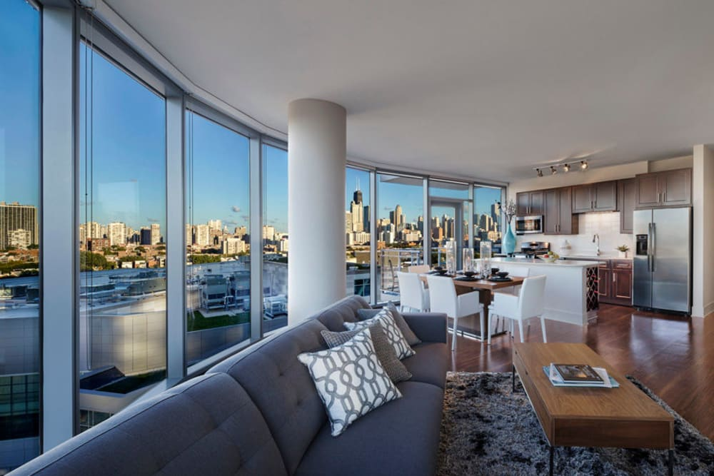 Spacious open-concept floor plan at The Residences at NEWCITY in Chicago, Illinois